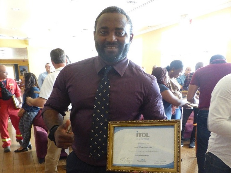 ITOL Certificate Awarded to Newly Qualified Professional Trainer